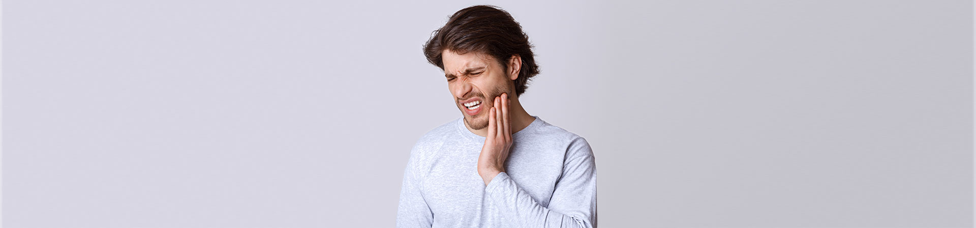 What Causes Jaw Tightness & How to Relieve Symptoms